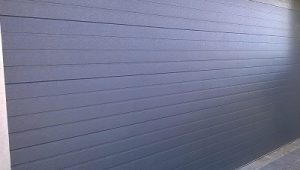 horizontal-slatted-garage-door