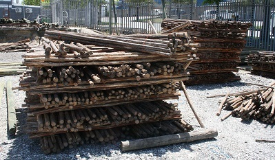 Wooden Poles And Droppers For Fencing
